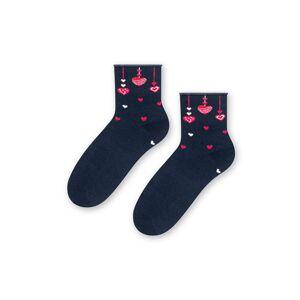 Tmavě modré vzorované ponožky 136